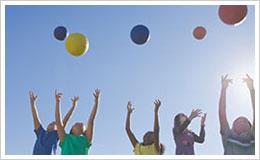 centri ricreativi estivi bambini pallone